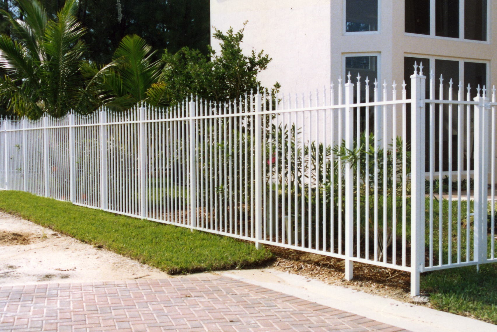 WELDED FENCE 22